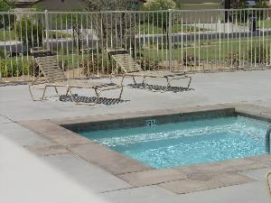 Pool & Jacuzzi area