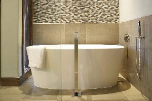Master Bath - Tub