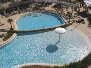 5000sf Bi-level Pool