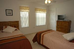 1of 2 twin rooms