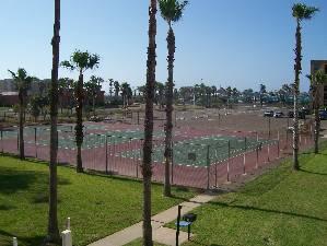 Tennes court