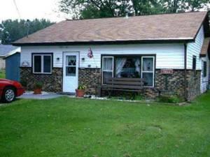 Winchester, Wisconsin Pet Friendly Rentals