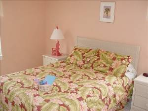 queen bedroom #1