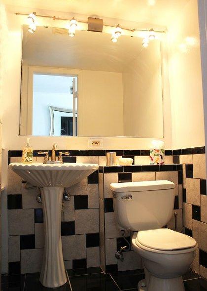 Bathroom Nr 2 with S