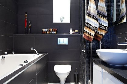 Bathroom with Jacuzz