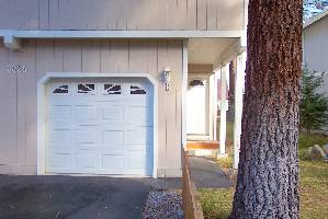 FrontCottage&Garage