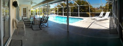 Lania & Pool area