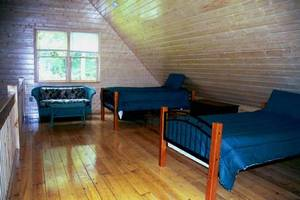 The Loft sleeps 2