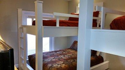 2 sets of bunks