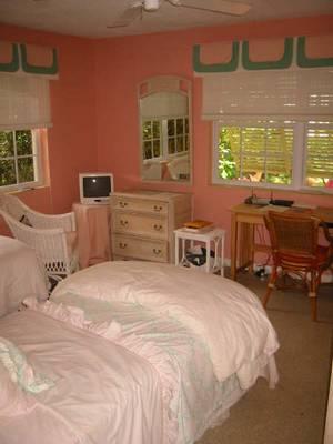 BedRoom / Twin Beds