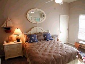 Queen Bedroom