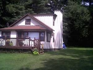Cottage - 3 BR/ 1 BA