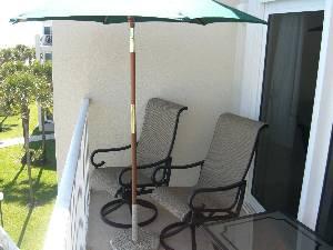 Swivel balcny chairs