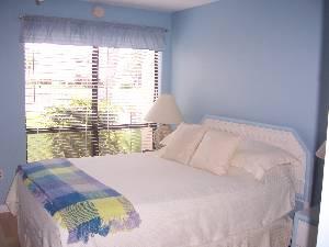 Bedroom Condo 176