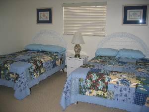 2 Full Beds
