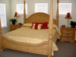 Master w King bed
