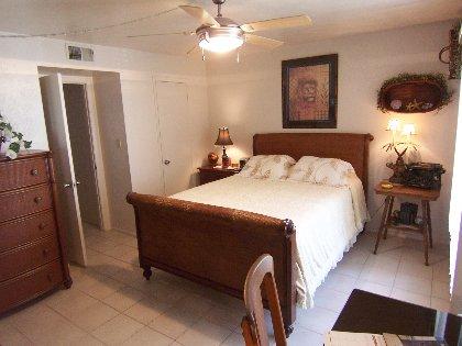 5 pc.Hemingway suite