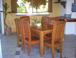 2 bdrs. dining room