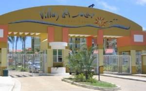 Villa del Mar Gate