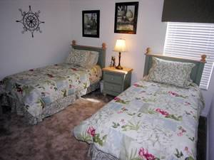 Twin Bedroom #3