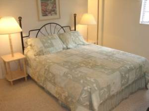 Master Bedroom 38