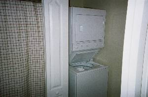 Washer/Dryer 2nd Flr