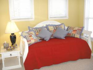 Guest/ Trundle Bed