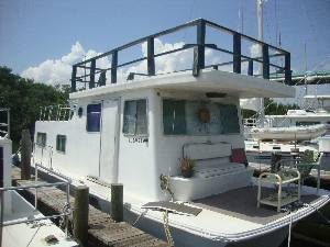 36' Sunrise/Sleeps 4